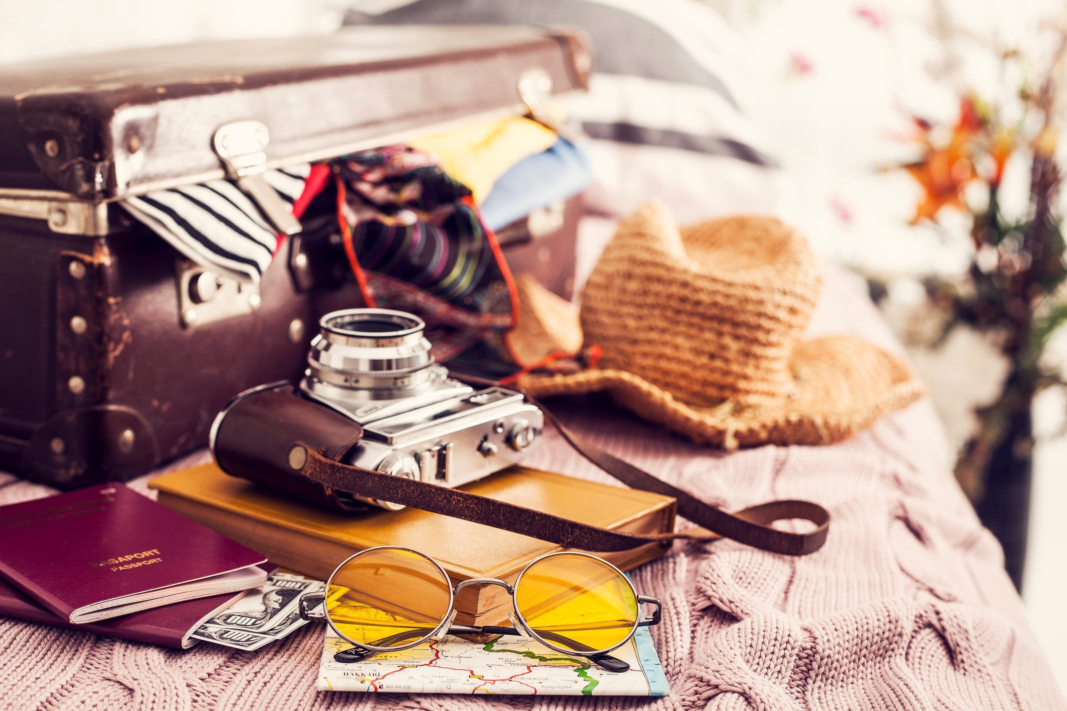 Traveling Abroad: 3 Simple Tips for Making it There (And Back) Safely on avanteinsurance.com