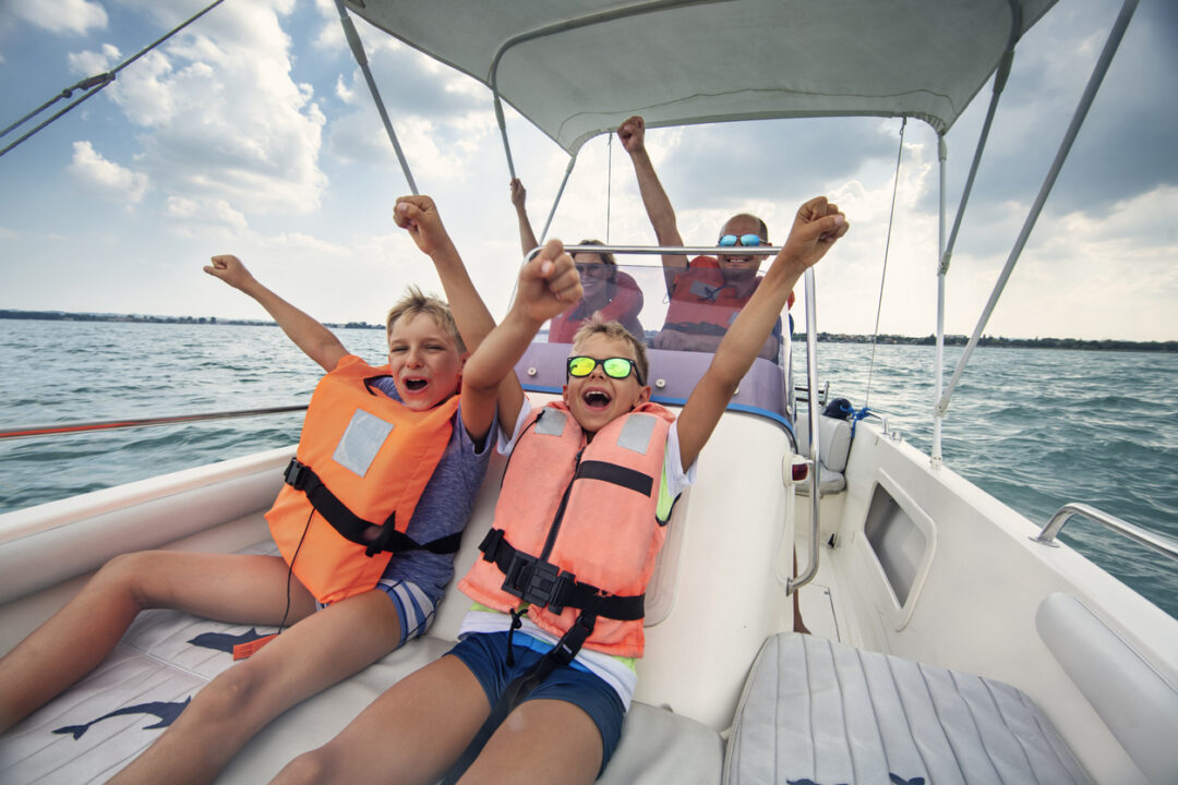6 Boating Safety Tips to Enjoy the Open Water the Right Way on avanteinsurance.com
