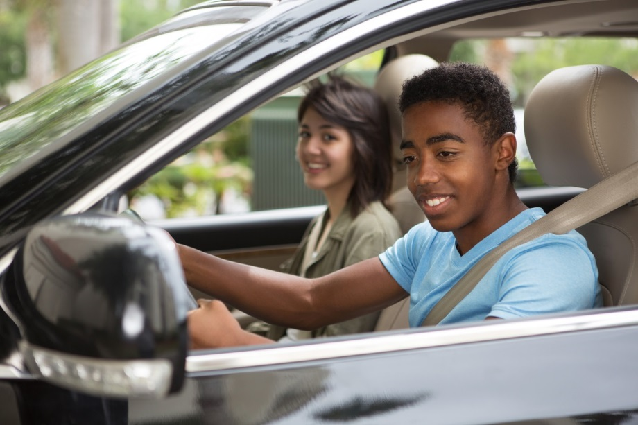 How to Navigate Purchasing a New Car for Your Teen Driver
